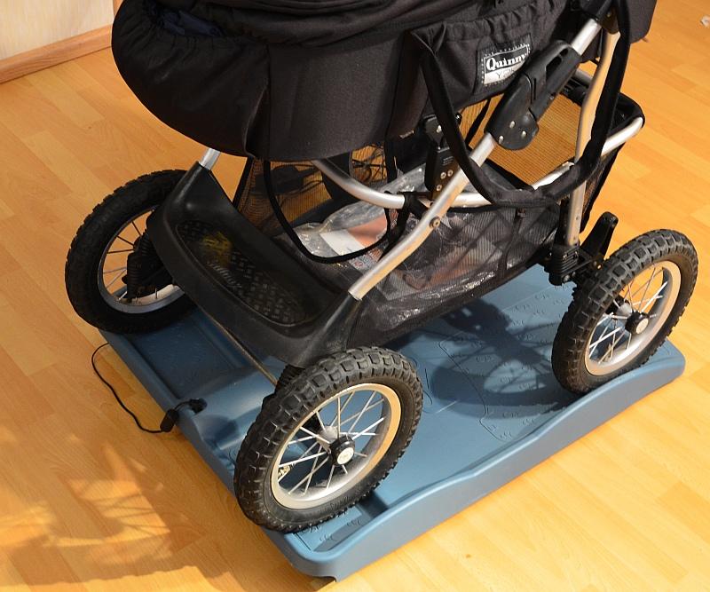 robopax elektrische babywiege babywippe babyschaukel ebay. Black Bedroom Furniture Sets. Home Design Ideas